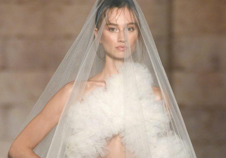 """Wybieramy """"tę jedyną"""" i podpowiadamy, czym warto kierować się przy wyborze sukni ślubnej"""
