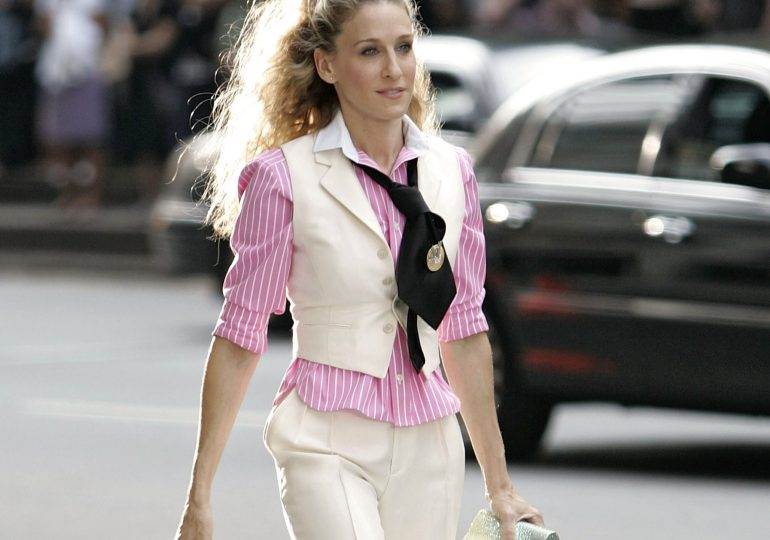 Jak gwiazdy noszą bagietkę, czyli ulubioną torebkę Carrie Bradshaw?