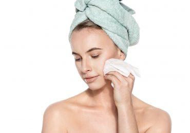 Te 4 produkty kosmetyczne nie służą Twojej cerze. Sprawdź, czy ich używasz