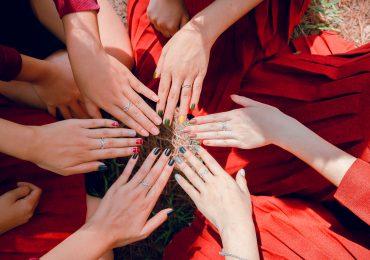 Jesienne trendy w manicure, których nie możesz przegapić